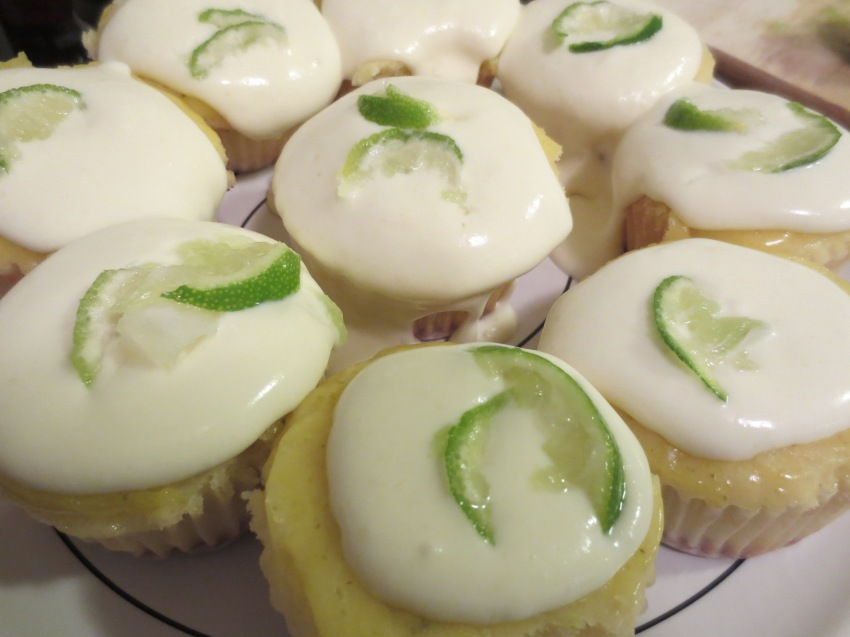 Key lime cupcakes with lime curd glaze and (almost) whipped cream